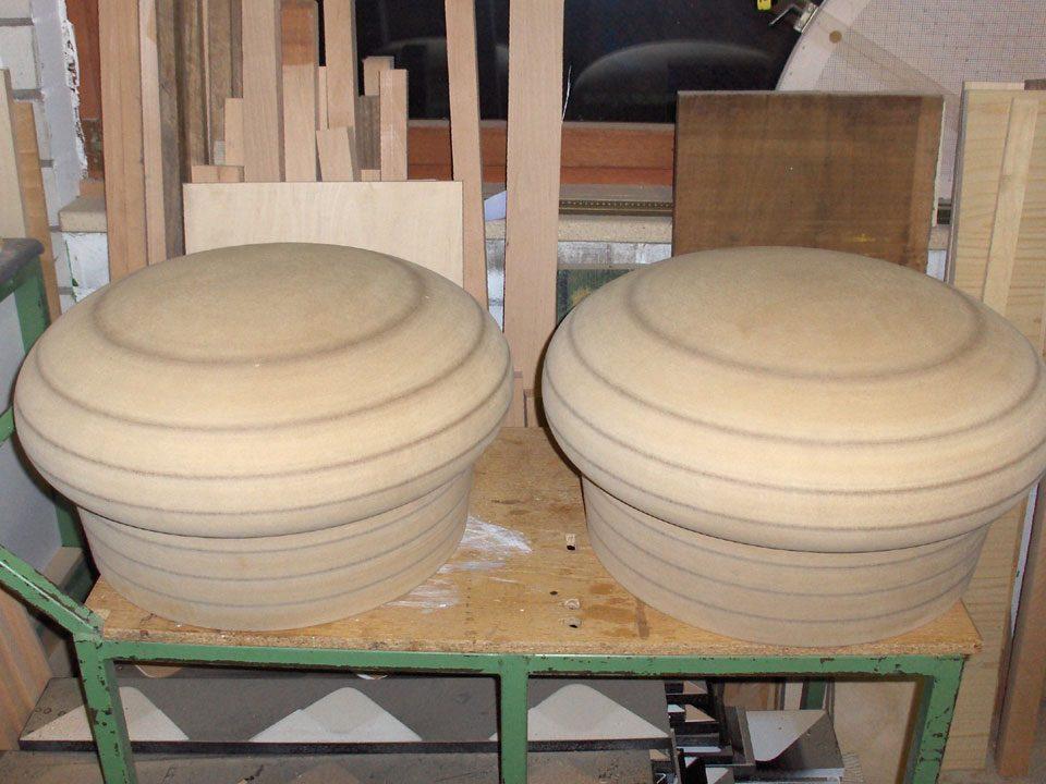 Gedrechselte Pilzform aus Massivholz