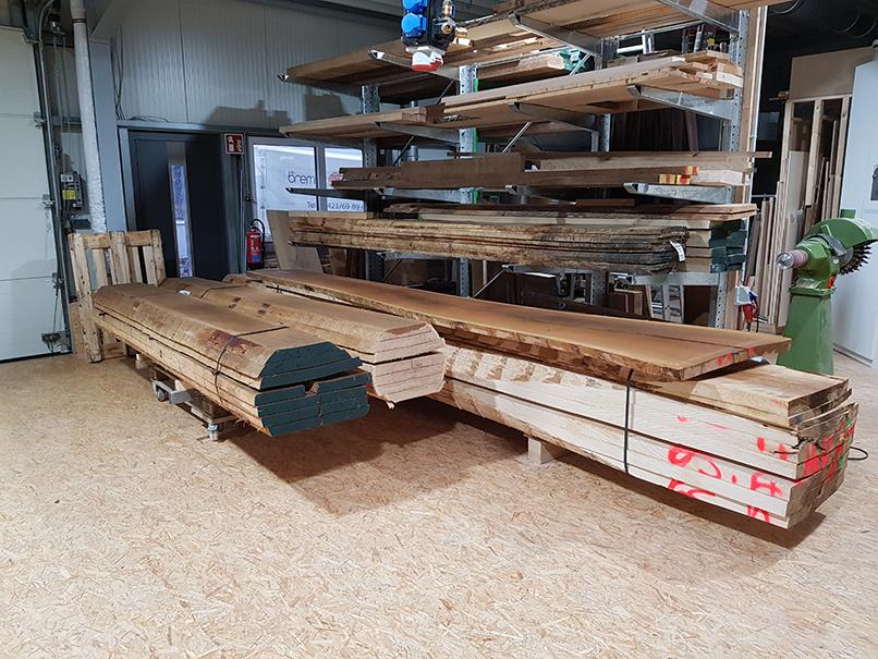 0-Eschen-Schnittholz für Pendelix-Hocker