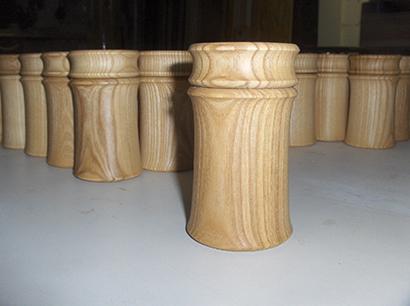 Holzdosen aus Esche als Versand-Verpackung