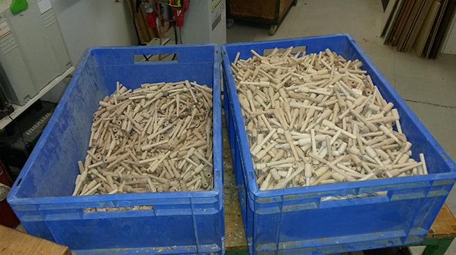 Schleifstifte aus Buche für eine Ringfabrik